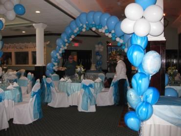 Blue Bliss Balloon Decor
