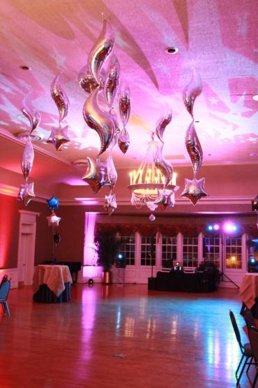 Star Ceiling Lighting Effects and Balloons