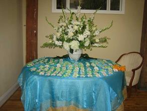 Custom Place Card Table